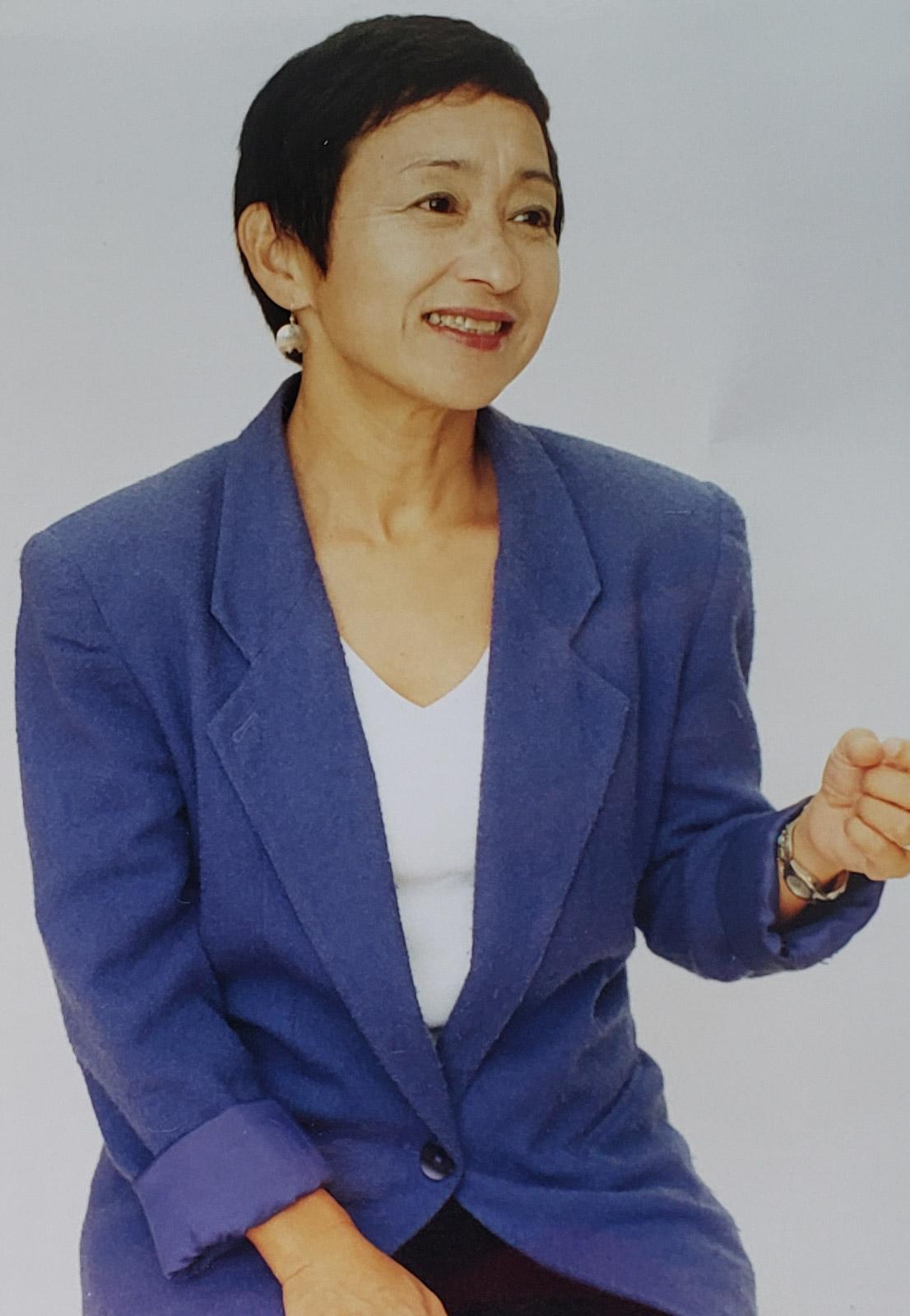 ゆり肖像青のジャケット